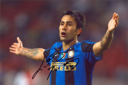 Luis Jimenez, Inter Milan & Chile, signed 12x8 inch photo.
